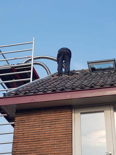 RVS binnenvoering in rookkanaal aanbrengen Noord-Holland